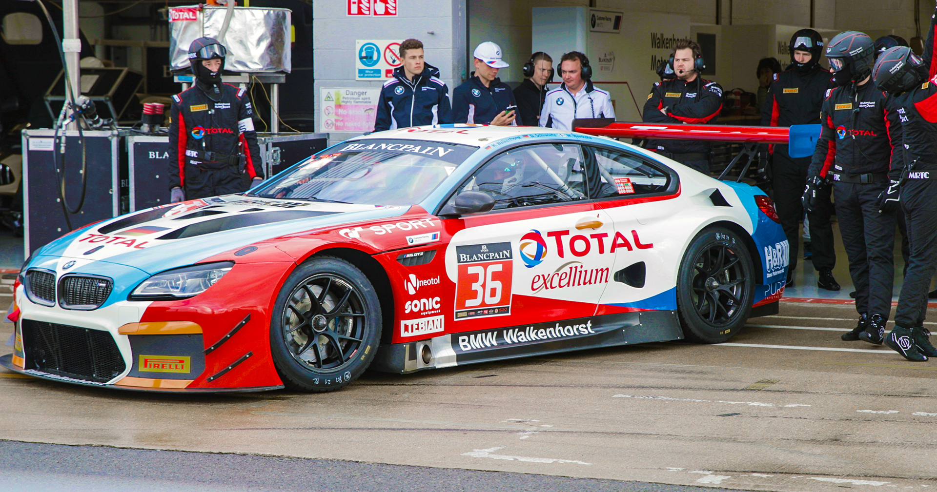Total Bmw M6 Gt3 Walkenhorst Motorsport